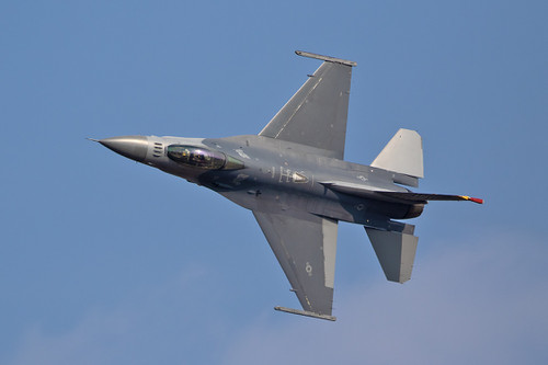 F1611