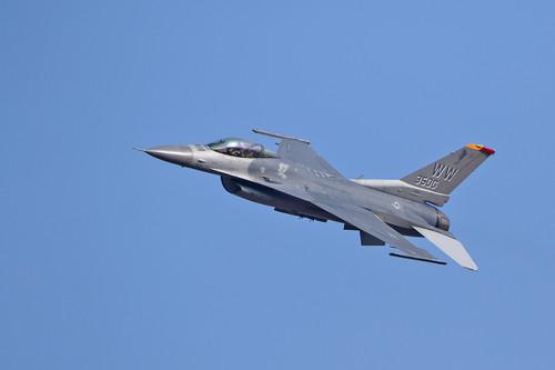 F1613